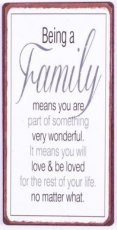 Magneet: Being a family means you are... EM5668